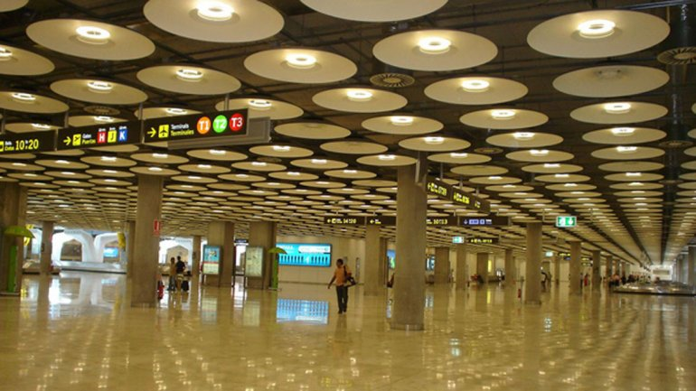 Obras de Rogers: Terminal 4 del Aeropuerto de Barajas-Madrid