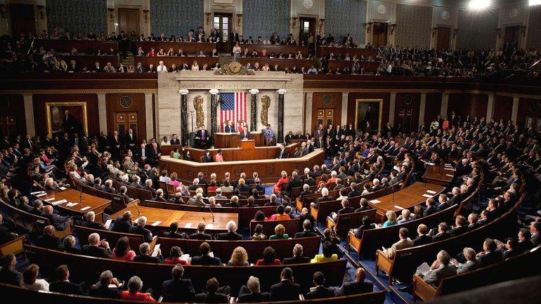 La Casa Blanca consulta a líderes del Congreso sobre el uso de armas químicas en Siria
