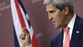 El secretario de Estado de los EEUU, John Kerry, brinda una conferencia de prensa en Londres, Reino Unido