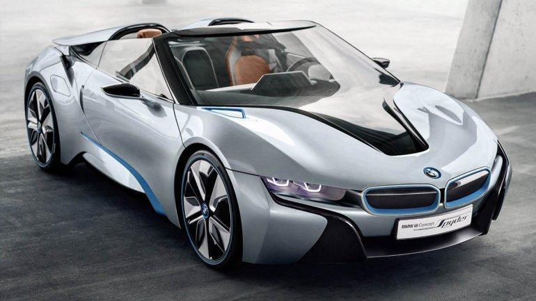 BMW i8 Concept: es un deportivo híbrido enchufable, que cuenta con la arquitectura LifeDrive de peso optimizado. Es un 2+2 plazas, entero de plástico reforzado con fibra de carbono.