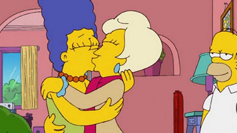 Marge desnuda Los Simpsons XXX ComicsPorno