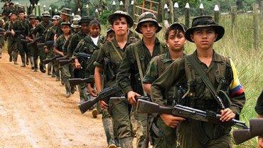 El gobierno de Colombia y las FARC llegaron a un acuerdo para liberar a los menores de edad reclutados por el grupo narcoguerrillero