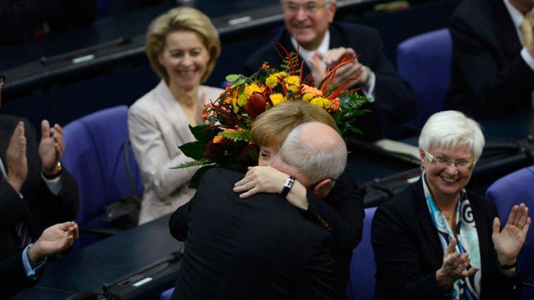 Angela Merkel fue reelegida con el apoyo de 462 diputados