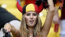 La imagen que la hizo famosa, mientras alentaba a Bélgica en su encuentro contra Rusia