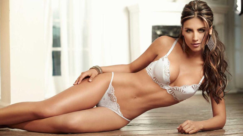 Jennifer ama el bikini gordo
