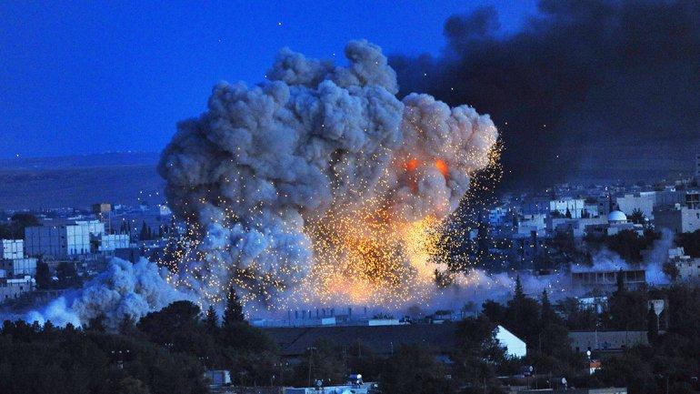 Francia bombardeó bastiones de ISIS en Siria tras los atentados de París