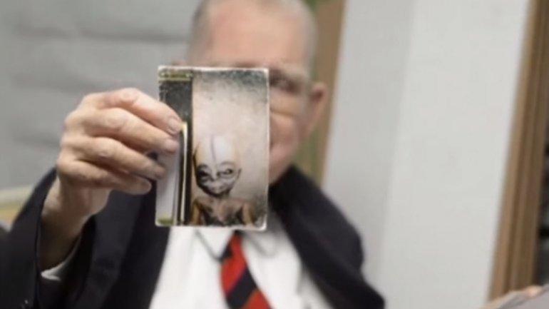 Científico del Área 51 confiesa que se investigan OVNIS  0011734770