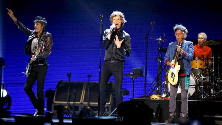 Rolling Stones dieron un show sorpresa por 5 dólares