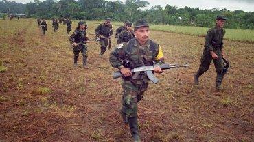 Difunden en Colombia un video que muestra cómo las FARC entrenan a niños reclutados