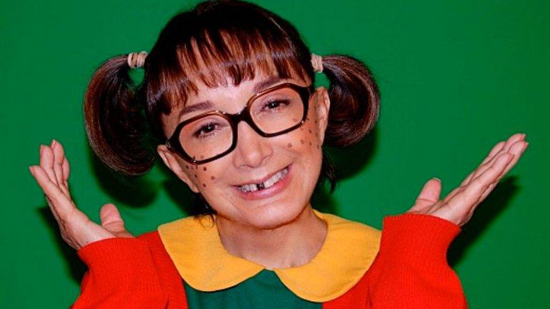 María Antonieta de las Nieves estaría perdiendo la capacidad auditiva de manera progresiva