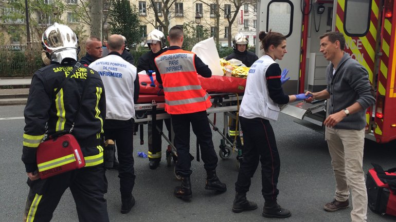 Francia está en shock, dijo el presidente Francoise Hollande