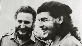 Fildel Castro junto a Ernesto Che Guevara, 1960