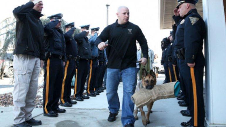 Despedida a un perro policía