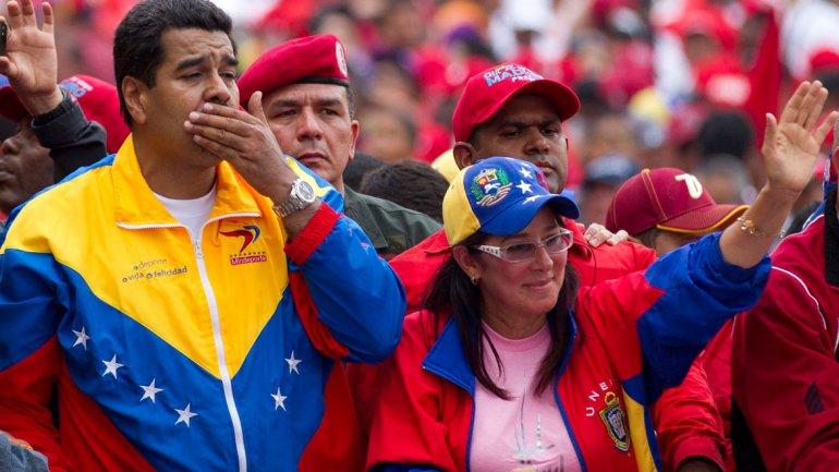 """Comenzó """"Con Cilia en Familia"""", el programa de TV de la esposa de Nicolás Maduro"""