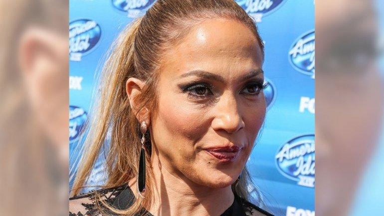 Jennifer Lopez Sin Photoshop