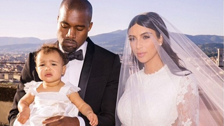 Kim Kardashian está casada con el rapero Kanye West, con quien tiene dos hijos