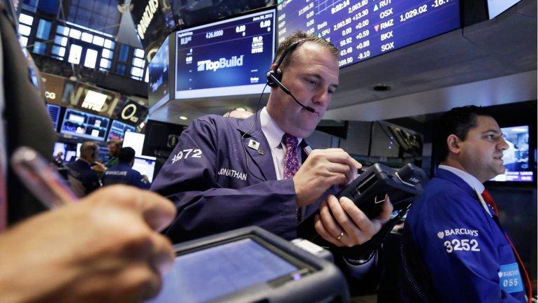 La noticia generó gran alivio en Wall Street tras varios reportes económicos débiles y la sorpresa por haber superado los niveles estimados.