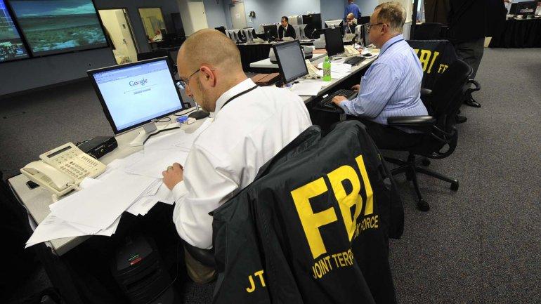 El FBI logró desbloquear el iPhone del terrorista de San Bernardino