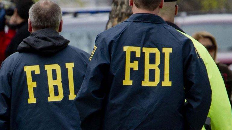 La Oficina Federal de Investigaciones (FBI- por sus siglas en inglés) es la encargada de la inteligencia interna de los Estados Unidos.