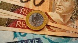 Al tipo de cambio de hoy, un real equivale a 0,29 dólares.