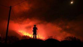 El reto más grande son los ritmos extremos y explosivos de expansión de estos incendios, agregó.
