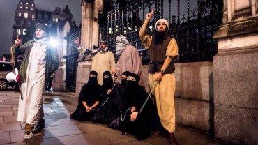 Los combatientes de ISIS heridos eran rechazados por las familias de las mujeres por estar incapacitados