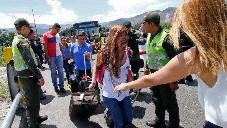 La orden de Nicolás Maduro fue deportar a los colombianos que vivían del lado venezolano de la frontera