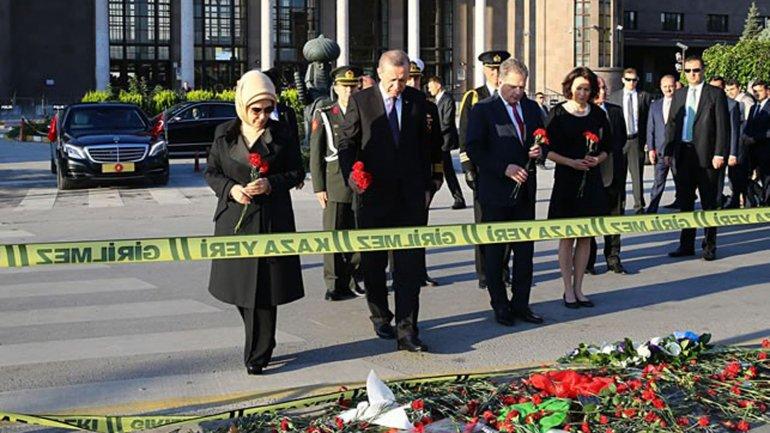 El saldo del atentado terrorista fue de 97 víctimas fatales y más de 500 heridos