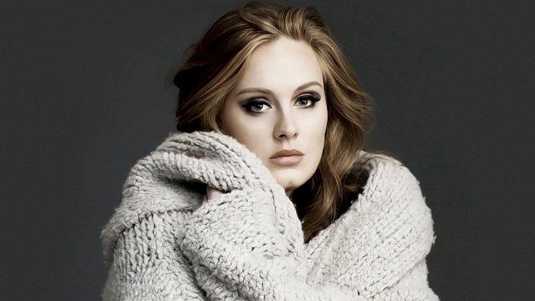 Nuevas fotos privadas de Adele fueron subidas a un grupo de fans en Facebook