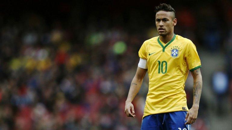 Neymar pretende participar de los Juegos Olímpicos y de la Copa América Centenario