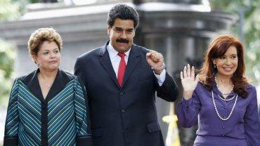 Dilma Rousseff, presidente de Brasil; Nicolás Maduro, mandatario de Venezuela; y Cristina Kirchner, jefa de Estado de Argentina