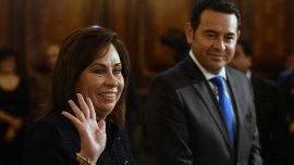 Sandra Torres y Jimmy Morales rubricaron un pacto en favor de la transparencia