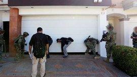 La Policía allanó propiedades del Chapo Guzmán