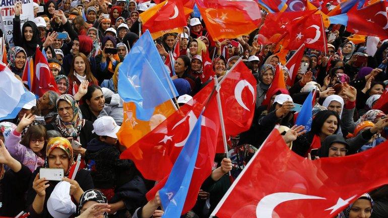 Este domingo comenzaron las elecciones en Turquía