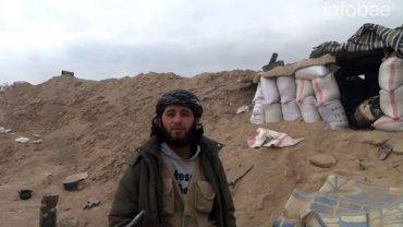 Ahmed Abu Hamza fue alcanzado por un mortero mientras hablaba frente a cámara