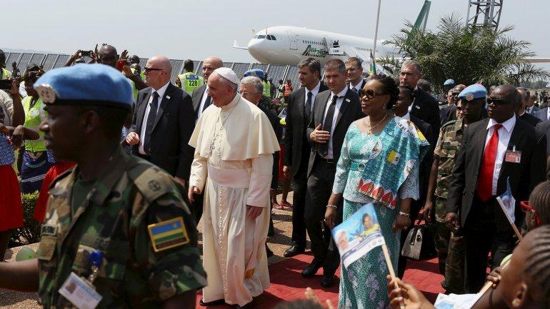 El papa Francisco aterrizó enRepública Centroafricana, el país considerado más peligroso de su gira por África