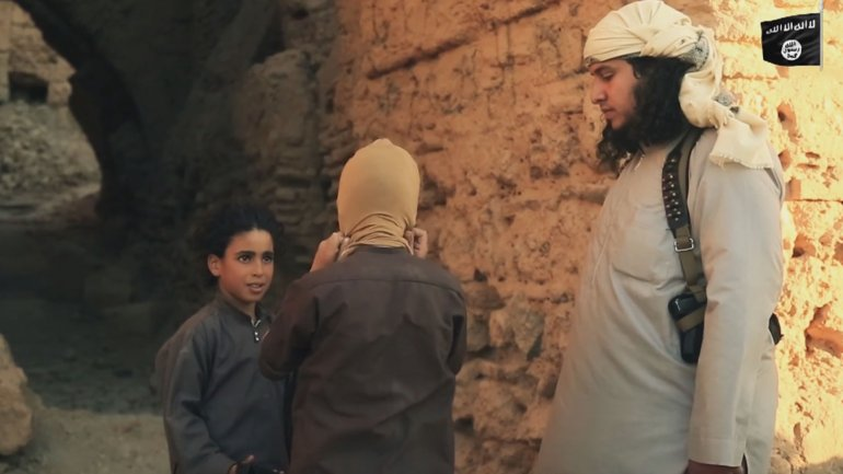 Wer ist ISIS? - Enthauptungen/Verbrennungen, usw.  0013867520