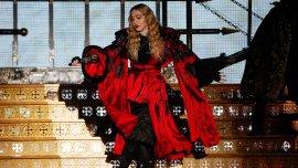 La reina del pop actuó en Bercy, en la ciudad parisina
