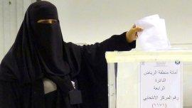 Una mujer ya obtuvo un escaño según informaron las autoridades electorales