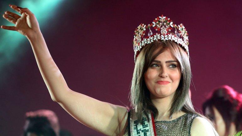 Miss Irak, Shayma Qassim, fue amenazada por el Estado Islámico para que se uniera sus filas, de lo contrario sería secuestrada