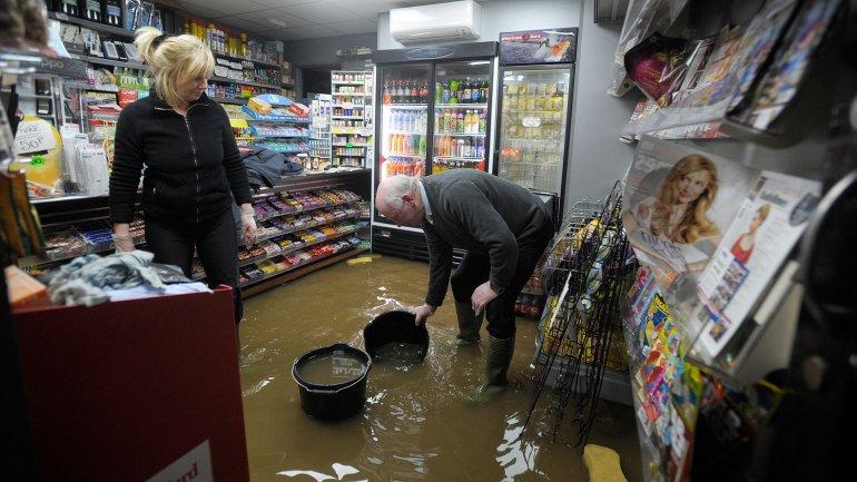 El sur de Escocia se vio afectado por las crecidas del río Rith