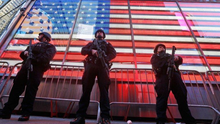 La policía de Nueva York reforzó la seguridad en el Time Square