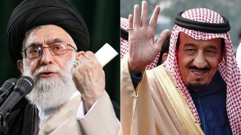 El ayatollah Alí Khamenei y el rey Salman Bin Abdulaziz