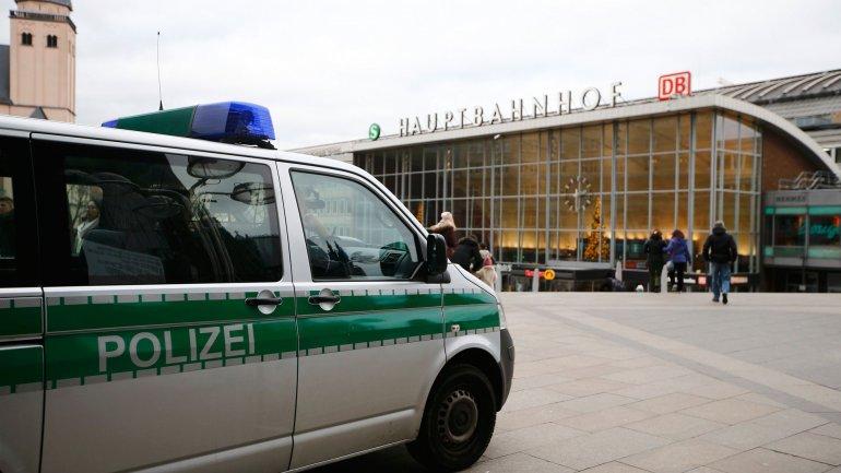 Unos mil hombres jóvenes podrían haber estado involucrados en los ataques durante las celebraciones de Año Nuevo en la ciudad de Colonia