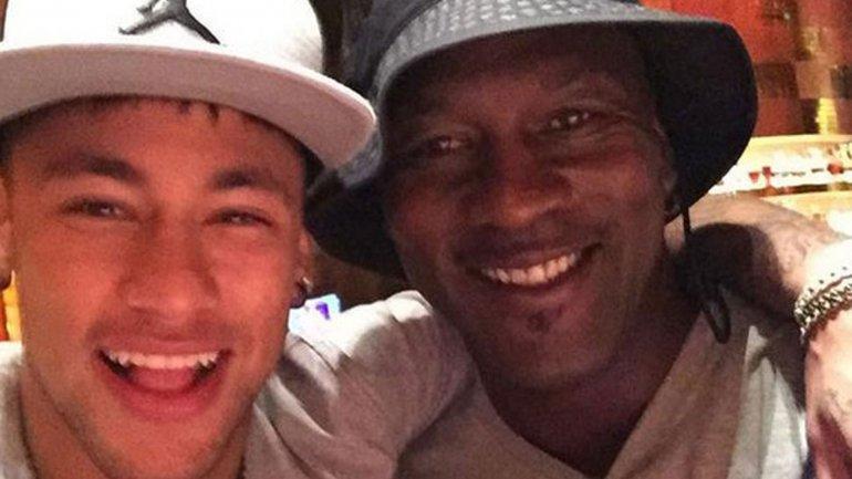 Neymar y Michael Jordan se unirán para lanzar unas botas de fútbol de Air Jordan