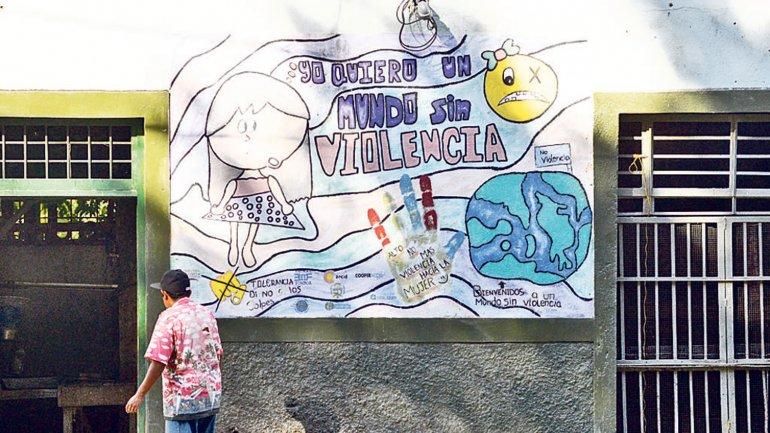 <div><div><div><div><div><p>En el municipio hay diferentes murales con mensajes de prevención de la violencia</p></div></div></div></div></div>