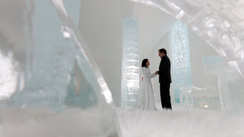 El hotel de hielo es una excepcional alojamiento de invierno que podría incluirse en los catálogos de hoteles inusuales del mundo