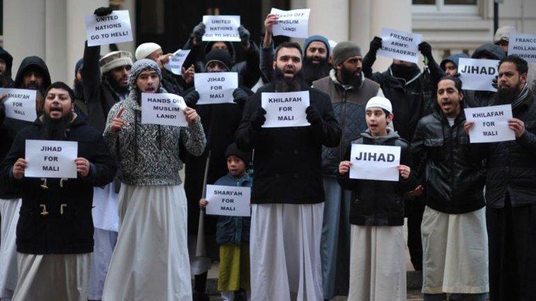 El Estado Islámico elaboró un manual para lobos solitarios británicos