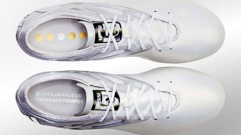 Adidas De Messi 2016
