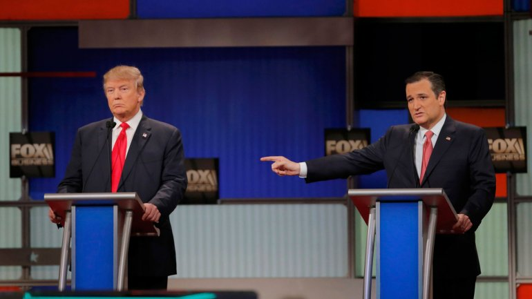 Donald Trump y Ted Cruz en el centro del escenario